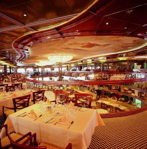 Das Hauptrestaurant ist nicht nur stilvoll eingerichtet, es bietet auch beste Küche.Foto: Costa Crociere