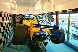 Einmal richtig Formel 1 fahren? Bei Costa ist es möglich. Foto: Costa Crociere