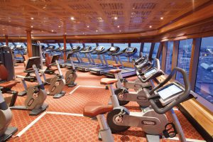 Das Fitness-Center bietet beste Ausblick. Foto: Costa Crociere