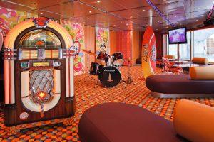 Auch im Teen Club dreht sich vieles um die Musik. Foto: Costa Crociere