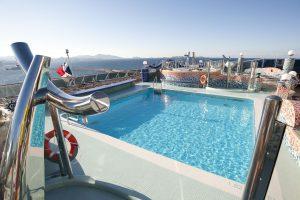 Der Pool auf dem Aussendeck. Foto: MSC Crociere