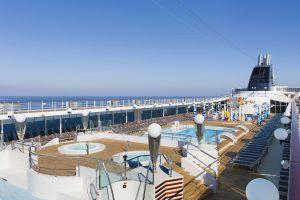 Der Pool lädt einfach nur ein. Foto: MSC Crociere