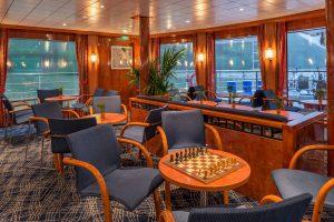 Der Panorama-Salon. Foto: Nicko-Cruises